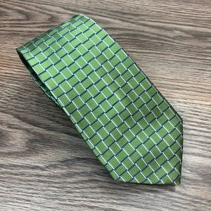 Jos A Bank Green w/ Blue & Navy Check Tie